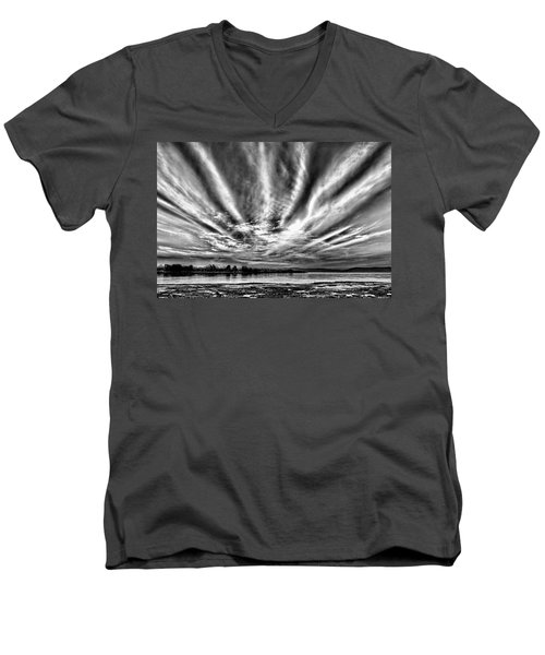 Bayfarm Island Sunrise Men's V-Neck T-Shirt