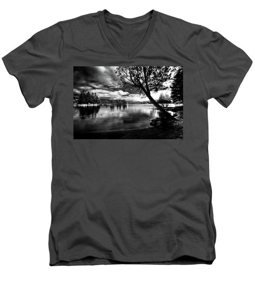 Men's V-Neck T-Shirt featuring the photograph Beach Silhouette by David Patterson