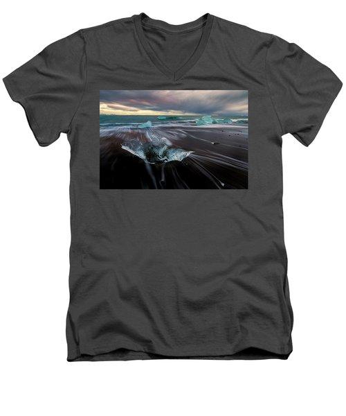 Men's V-Neck T-Shirt featuring the photograph Beach Stranded by Allen Biedrzycki