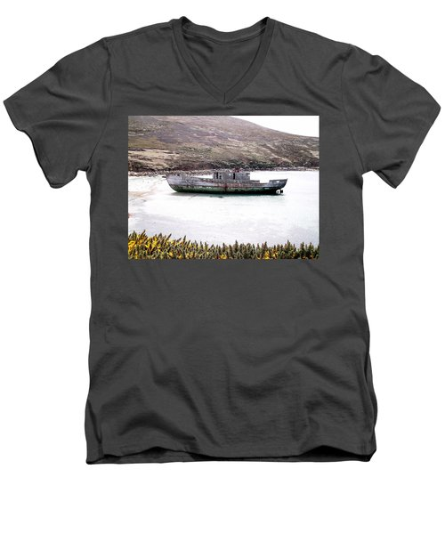 Beached Beauty Men's V-Neck T-Shirt