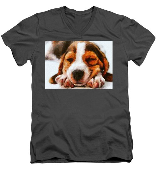 Beagle Puppy Men's V-Neck T-Shirt