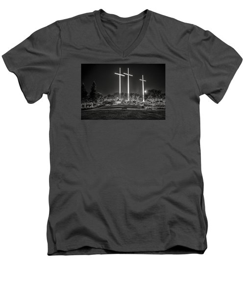 Men's V-Neck T-Shirt featuring the photograph Bearing Witness In Black-and-white 2 by Andy Crawford