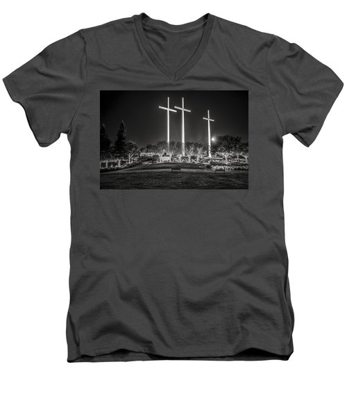 Men's V-Neck T-Shirt featuring the photograph Bearing Witness In Black-and-white by Andy Crawford