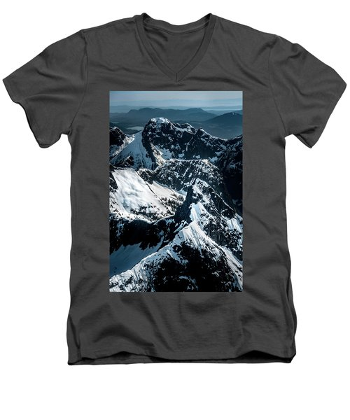 Beartooth Mountain Bc Men's V-Neck T-Shirt