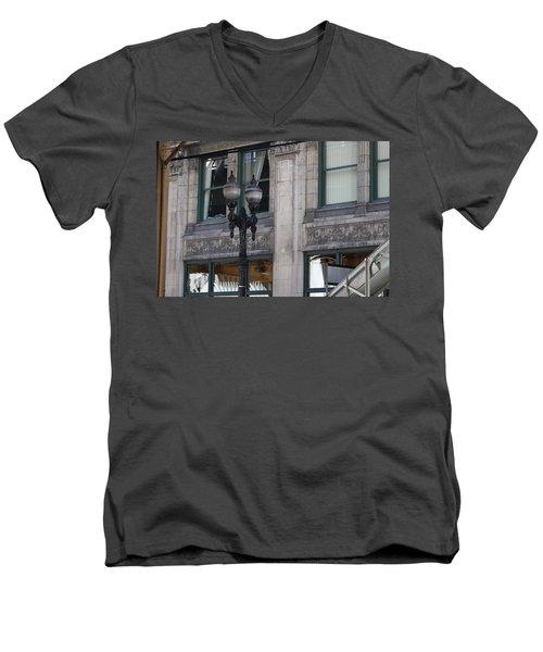 Beautiful Chicago Gothic Grunge Men's V-Neck T-Shirt