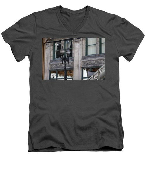 Beautiful Chicago Gothic Grunge Men's V-Neck T-Shirt
