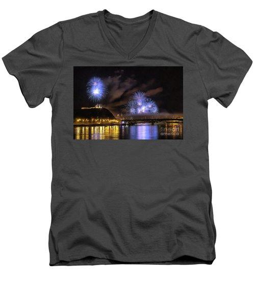 Beautiful Fireworks In Budapest Hungary Men's V-Neck T-Shirt