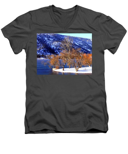 Men's V-Neck T-Shirt featuring the photograph Beautiful Kaloya Park by Will Borden