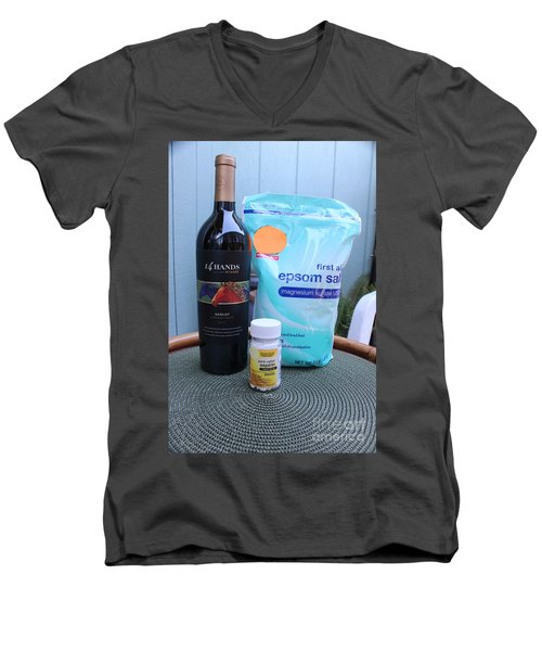 Before During And After Men's V-Neck T-Shirt