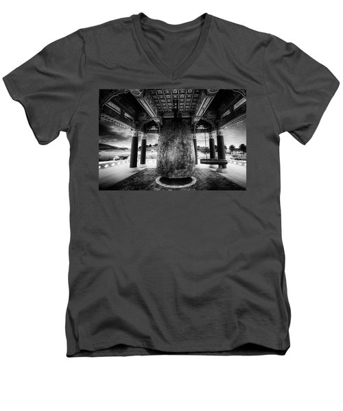 Men's V-Neck T-Shirt featuring the photograph Bell Of Friendship B W  by Joseph Hollingsworth