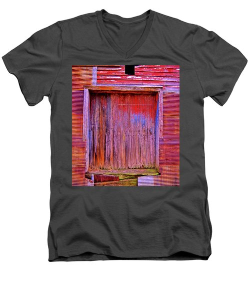 Berryville Shed Men's V-Neck T-Shirt