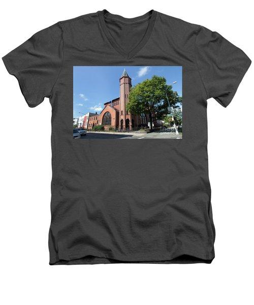 Bethesda Baptist Church Men's V-Neck T-Shirt