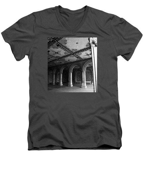 Bethesda Terrace Arcade In Central Park - Bw Men's V-Neck T-Shirt