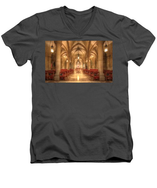 Bethlehem Chapel Washington National Cathedral Men's V-Neck T-Shirt