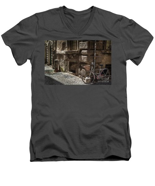 Bicycle In Rome, Italy Men's V-Neck T-Shirt