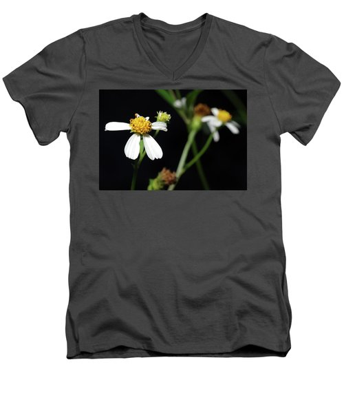 Men's V-Neck T-Shirt featuring the photograph Bidens Alba by Richard Rizzo
