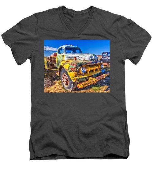 Big Job - Wide Men's V-Neck T-Shirt