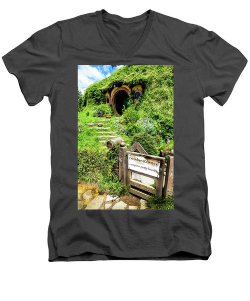Bilbo's Hobbit Hole Men's V-Neck T-Shirt