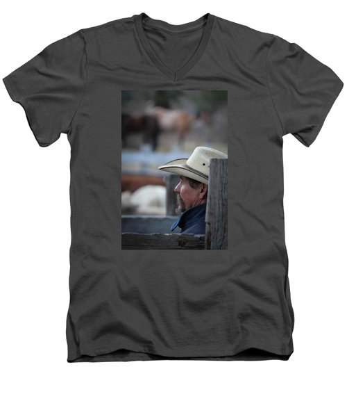 Bill Men's V-Neck T-Shirt