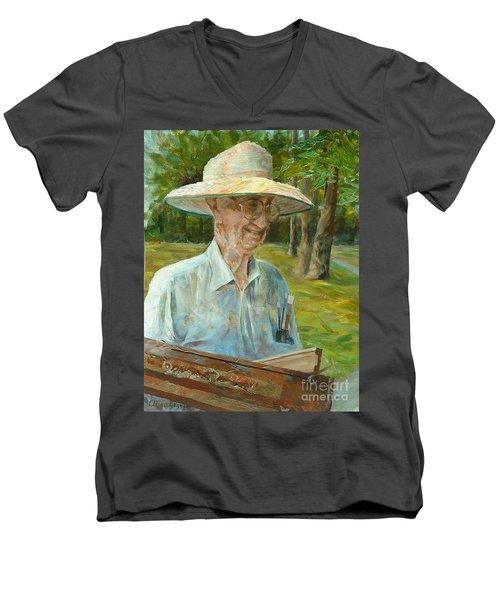 Bill Hines The Legend Men's V-Neck T-Shirt