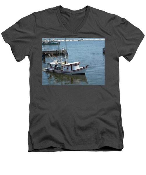 Bilouxi Shrimp Boat Men's V-Neck T-Shirt