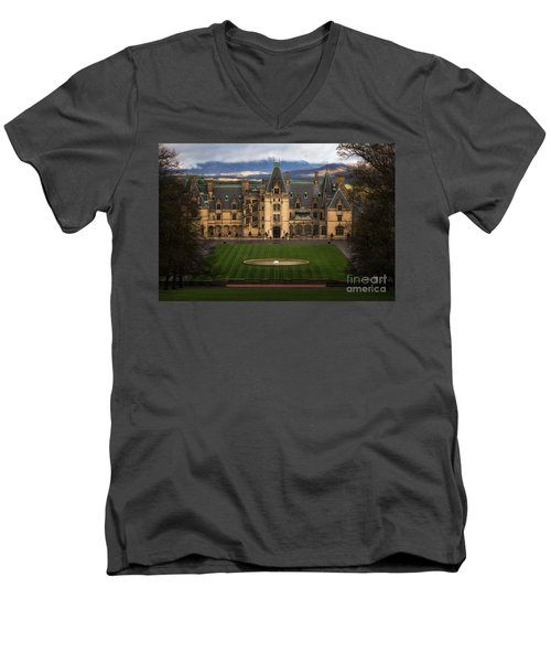 Biltmore Estate Men's V-Neck T-Shirt