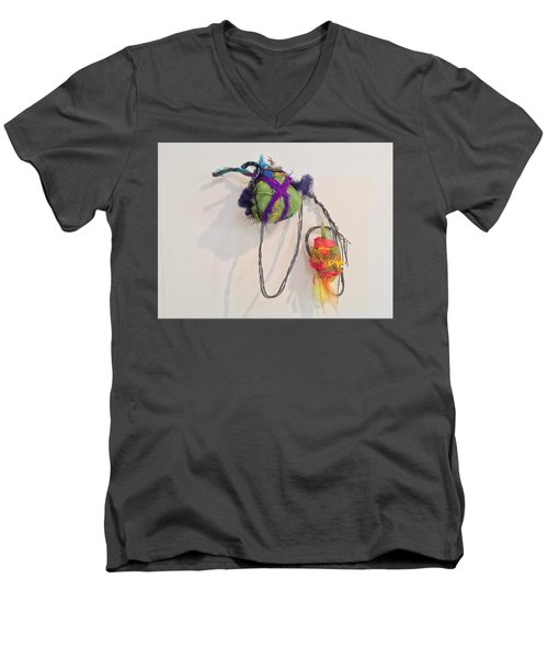 Birdies Men's V-Neck T-Shirt