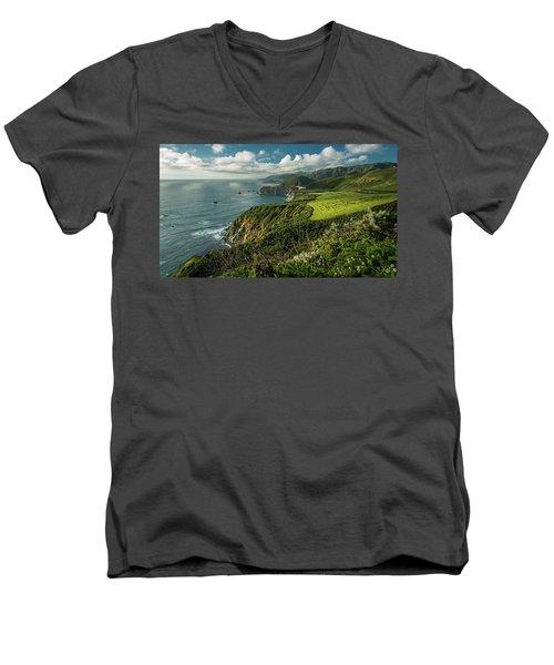 Bixby Bridge On The Coast Men's V-Neck T-Shirt