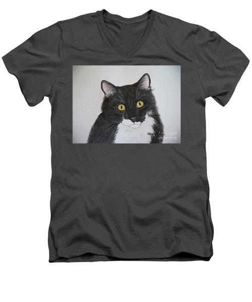 Black And White Cat Men's V-Neck T-Shirt
