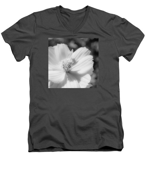 Black And White Flowers Men's V-Neck T-Shirt