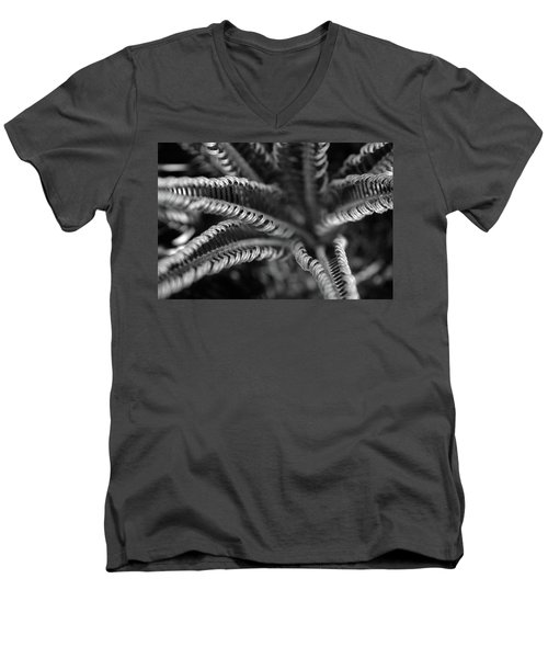 Black And White Palm Abstract 3624 Bw_2 Men's V-Neck T-Shirt