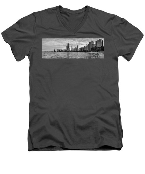 Black And White Panorama Of Chicago From North Avenue Beach Lincoln Park - Chicago Illinois Men's V-Neck T-Shirt