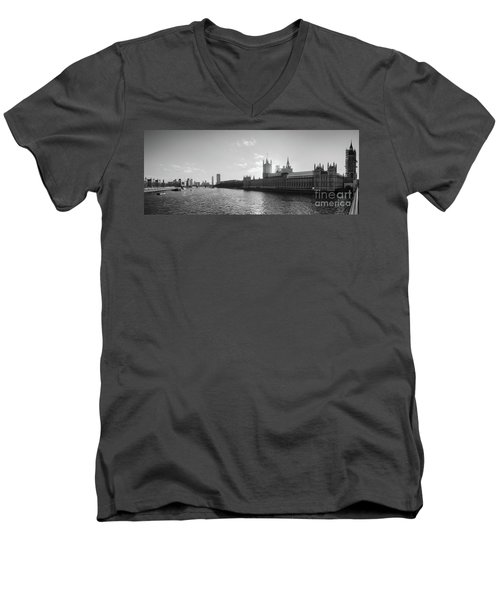 Black And White View Of Thames River And House Of Parlament From Men's V-Neck T-Shirt