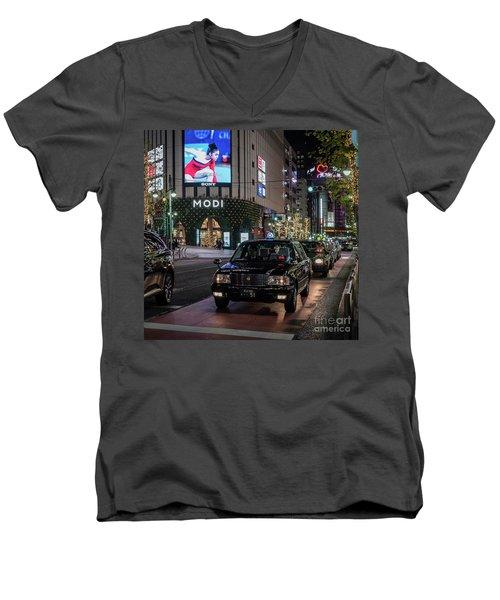 Black Taxi In Tokyo, Japan Men's V-Neck T-Shirt