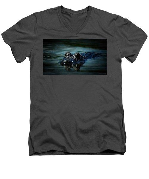 Black Water Men's V-Neck T-Shirt