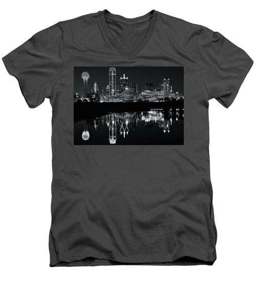Blackest Night In Big D Men's V-Neck T-Shirt