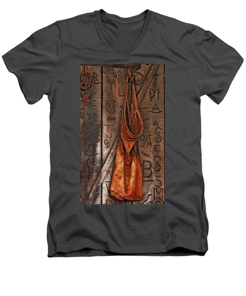 Blacksmith Apron Men's V-Neck T-Shirt
