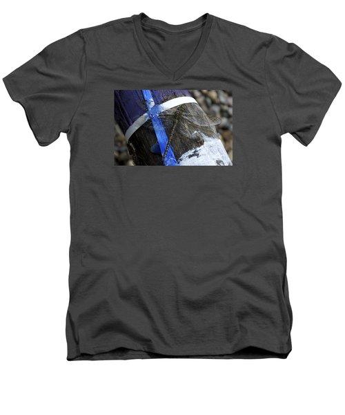 Blending In  Men's V-Neck T-Shirt by Ellery Russell