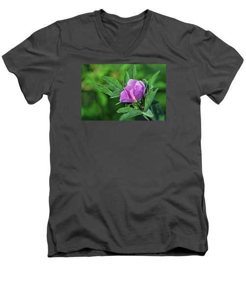 Men's V-Neck T-Shirt featuring the photograph Bloomin by Glenn Gordon