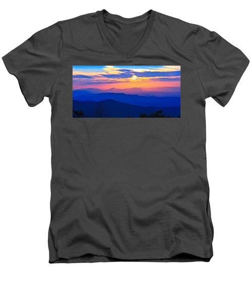 Blue Ridge Parkway Sunset, Va Men's V-Neck T-Shirt