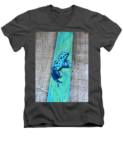 Blue-spotted Tree Frog Men's V-Neck T-Shirt