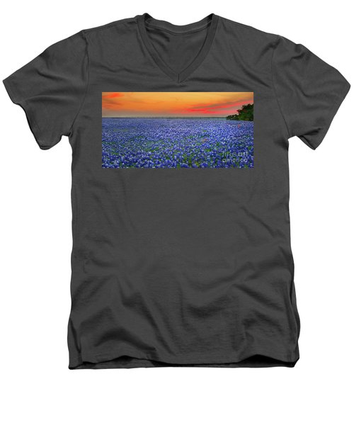 Bluebonnet Sunset Vista - Texas Landscape Men's V-Neck T-Shirt