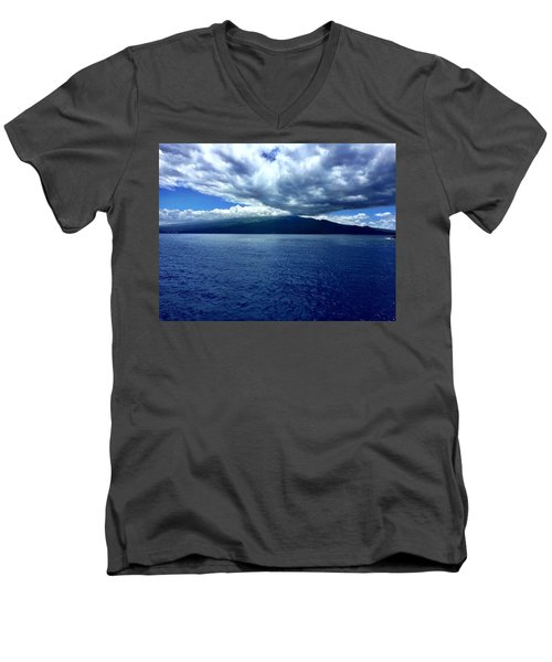 Boat View 2 Men's V-Neck T-Shirt