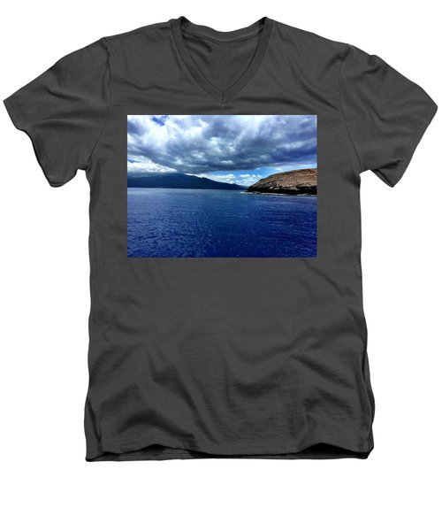 Boat View 3 Men's V-Neck T-Shirt
