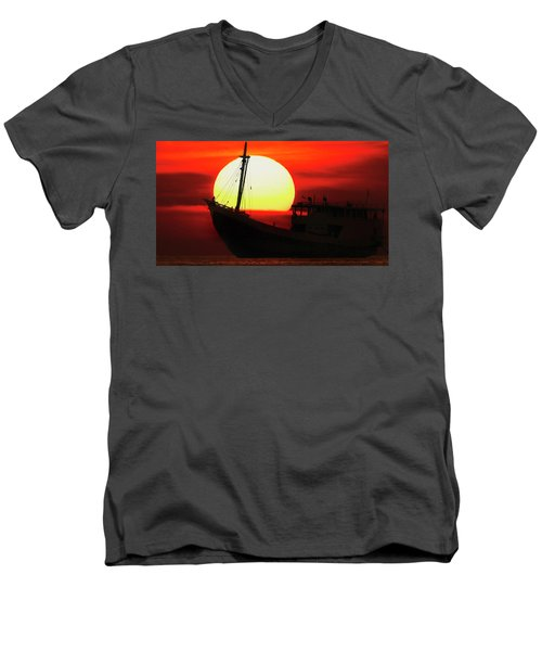 Boatman Enjoying Sunset Men's V-Neck T-Shirt