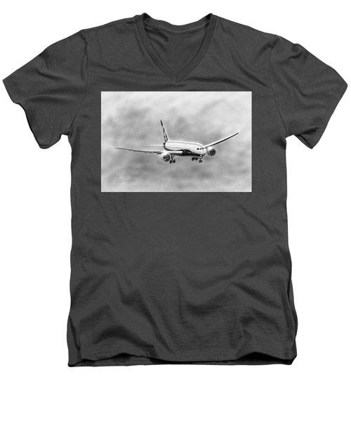 Boeing 787 Men's V-Neck T-Shirt