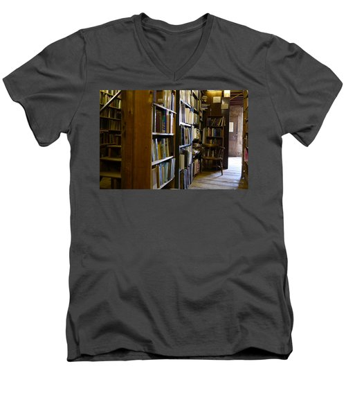 Baldwin's Book Barn Men's V-Neck T-Shirt