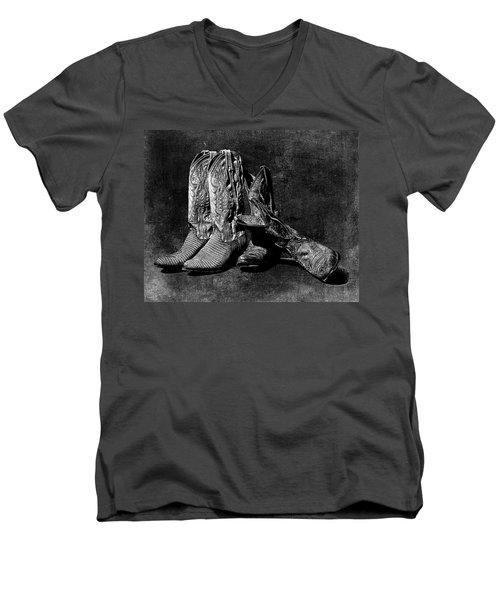 Boot Friends - Art Bw Men's V-Neck T-Shirt