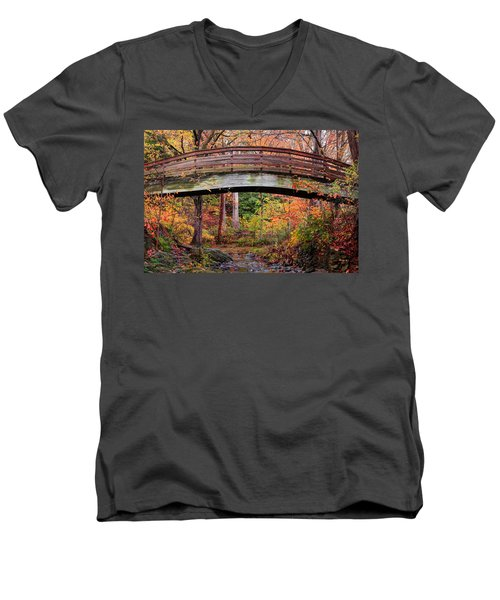 Botanical Gardens Arched Bridge Asheville During Fall Men's V-Neck T-Shirt