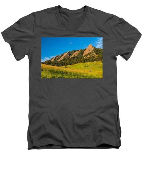 Boulder Colorado Flatirons Sunrise Golden Light Men's V-Neck T-Shirt